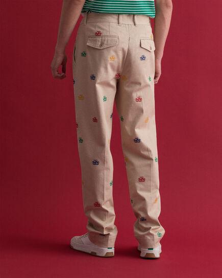Pantalon chino brodé Crest
